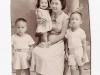 czarito-raul-olola-and-reynaldo-hiding-behind-mamang-1951